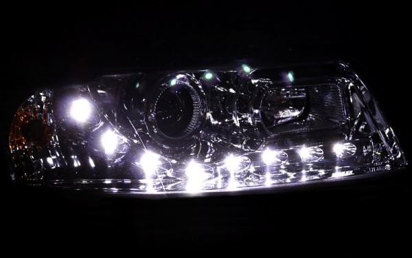 Scheinwerfer SET Tagfahrlicht-Look CHROM für Audi A4 (8E, B6)