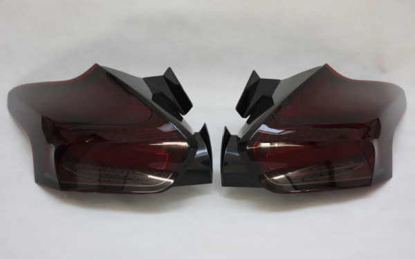 LED-BAR-Rückleuchten SET für Ford Focus MK3 (DYB, 2014-) 5-Türer ROT/SMOKE